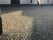 Granitpflasterarbeiten mit Segmentbogen